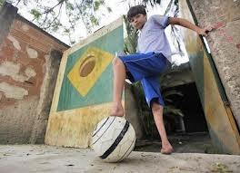 Dječak bez stopala nevjerovatan fudbaler