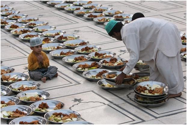 Šta je cilj nekih islamskih lijepih manira u vezi sa uzimanjem hrane i pića?