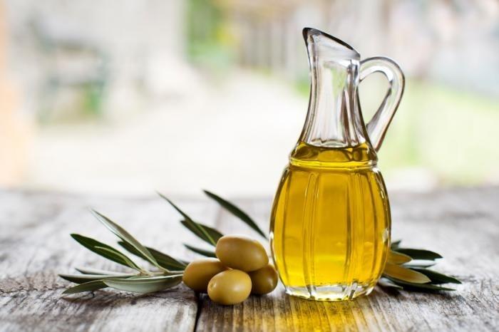 Prženje na djevičanskom maslinovom ulju oplemenjuje hranu