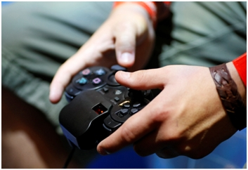 Provodi li dijete previše vremena igrajući video igrice?