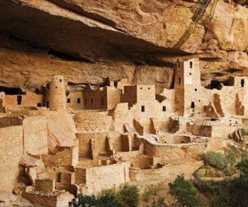 Indijanske spiljske kuće – Cliff Dwellings