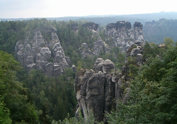 Kameni labirinti doline Labe