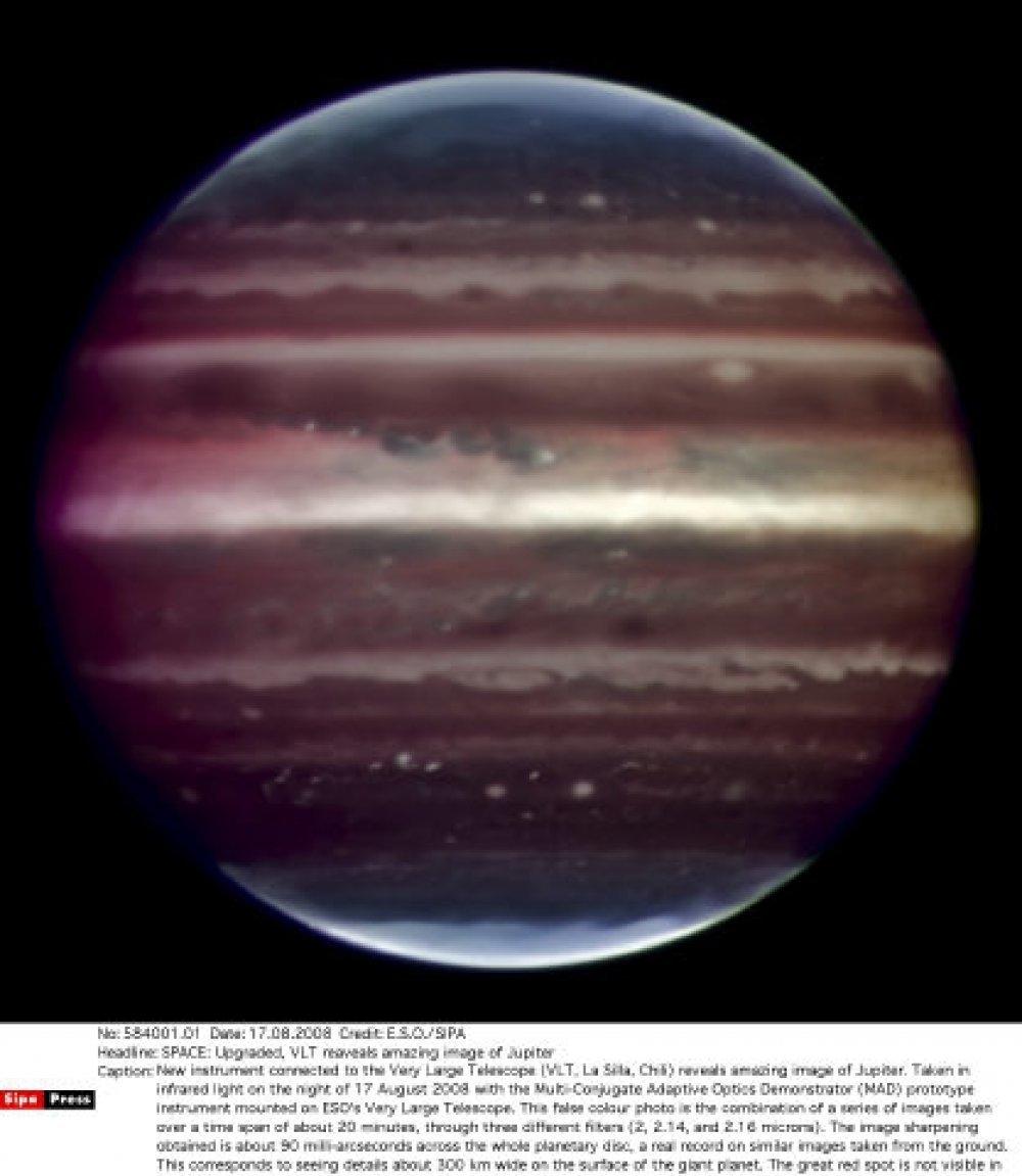 Na Jupiteru i Saturnu pada kiša dijamanata