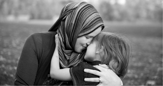 Usreći svoju majku, pa će Allah tebe usrećiti