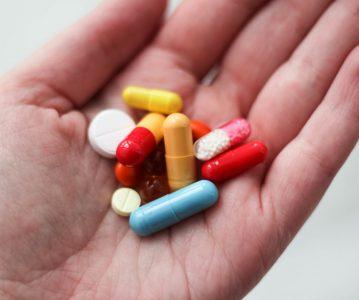 Zasto uvijek moremao popiti cijelu kutiju antibiotika?