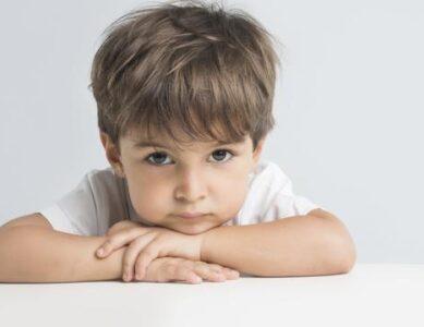 Čuvajte se od obje krajnosti u odgoju i pažnji prema djetetu